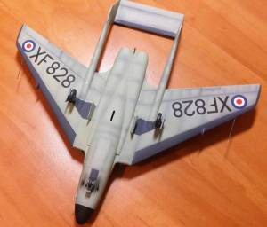 De Havilland DH.110, вид снизу (финальная стадии сборки) - автор модели С.Васюткин