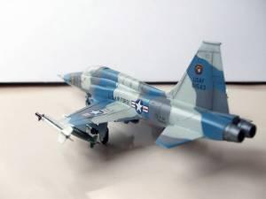 "Northrop F-5A ""Tiger II"" - автор модели Рубен (Каропка.ру)"