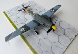 """Focke-Wulf 152H High-altitude fighter""  - модель фирмы FROG, F424"