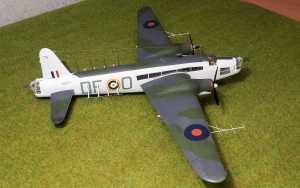 "Vickers ""Wellington"" GR.Mk.VIII, W5674  DF-D, No.221 Squadron RAF - конверсированная модель производства фабрики Ташигрушка из коллекции С.Васюткина"